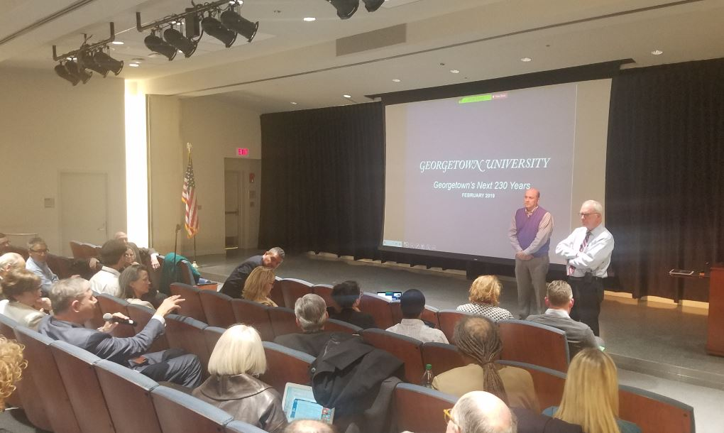 Geoff Chatas presenting to the Georgetown Community.